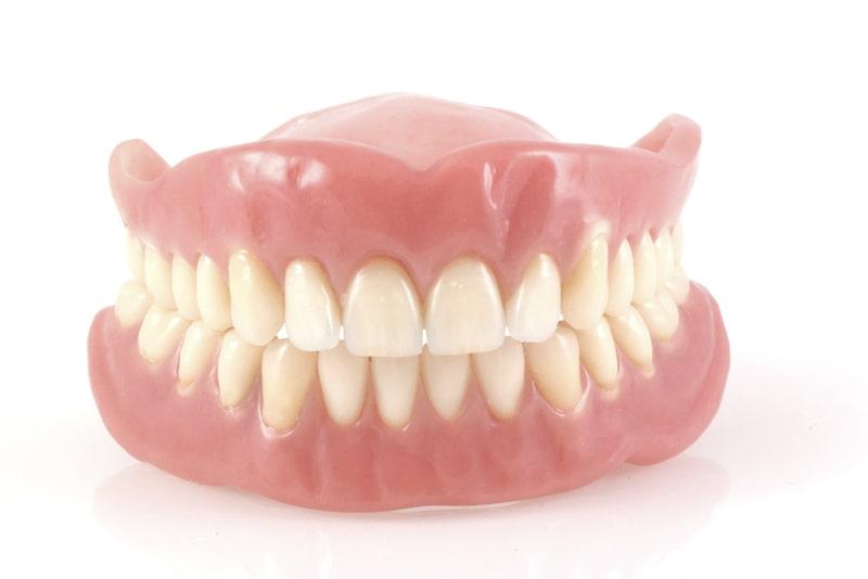 入れ歯(義歯)とは